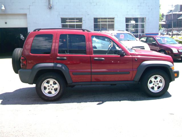 2007 Jeep Liberty T6 AWD Leather Moonroof Navigation