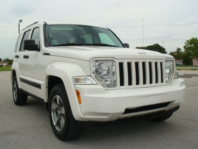 2008 Jeep Liberty Extended Cab V8 LT W/1lt