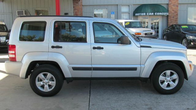 2012 jeep liberty extended cab v8 lt w 1lt details. Black Bedroom Furniture Sets. Home Design Ideas