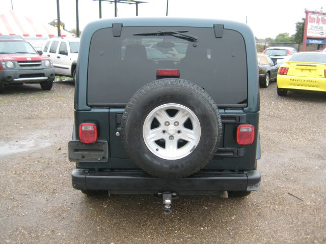 2005 Jeep Wrangler ALL Wheel Drive - NEW Tires