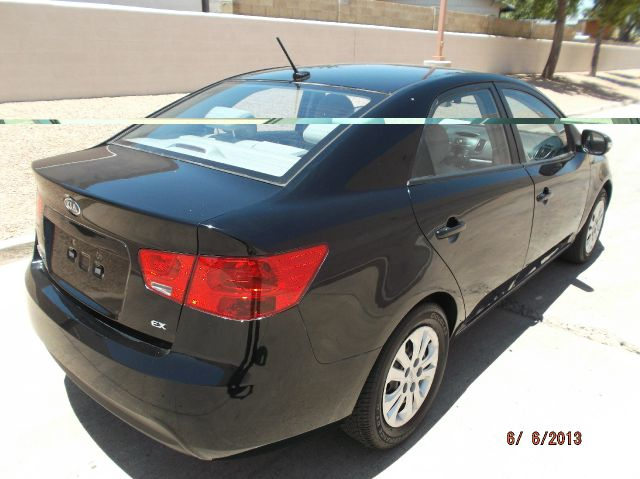 2010 Kia Forte Open-top