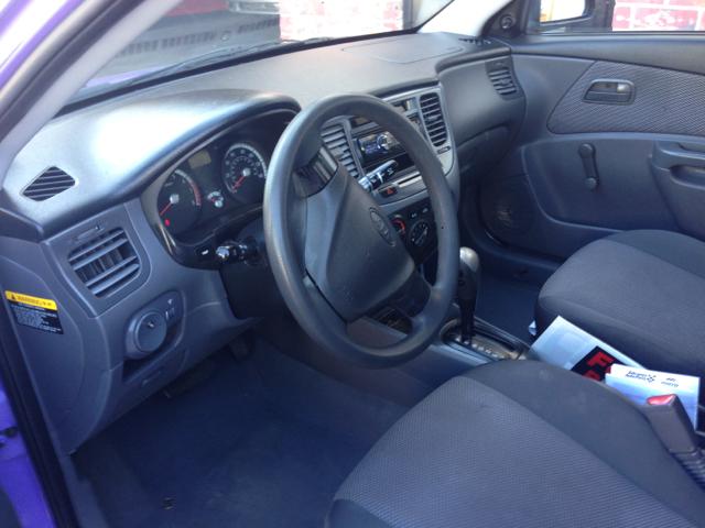 2009 Kia Rio Elk Conversion Van