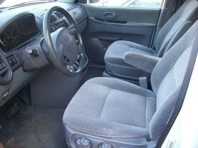2002 Kia Sedona Elk Conversion Van