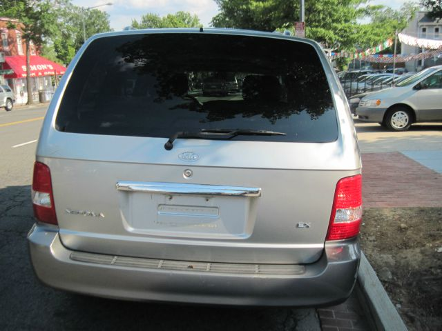 2004 Kia Sedona Open-top