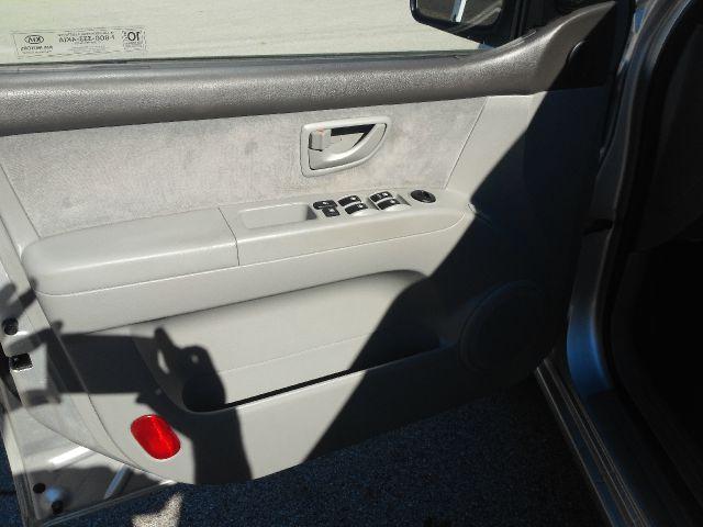 2008 Kia Sorento 4x4 Styleside Lariat