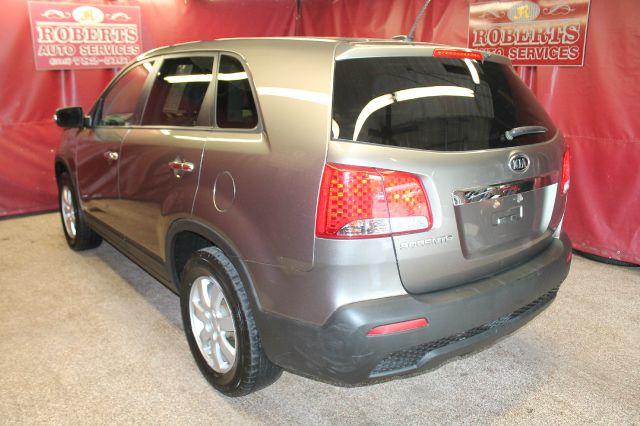 2011 Kia Sorento Elk Conversion Van
