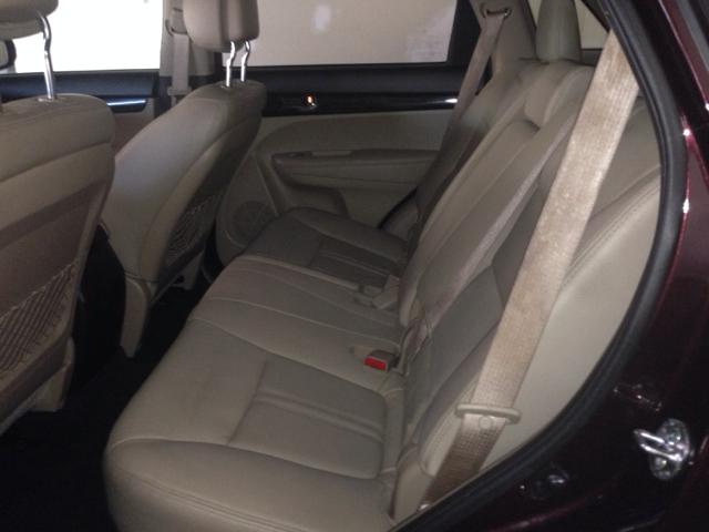 2011 Kia Sorento Crew Cab 126.0 WB 1SC LS Z85