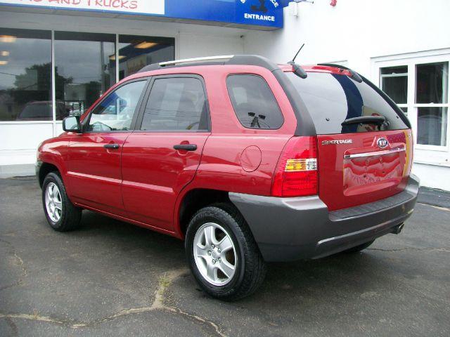 2008 Kia Sportage E320 4dr Sdn 3.2L Sedan