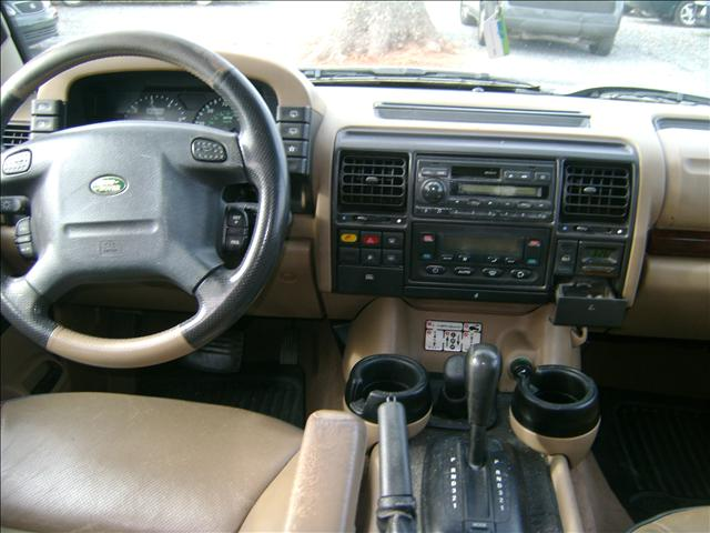 1999 Land Rover Discovery II Base