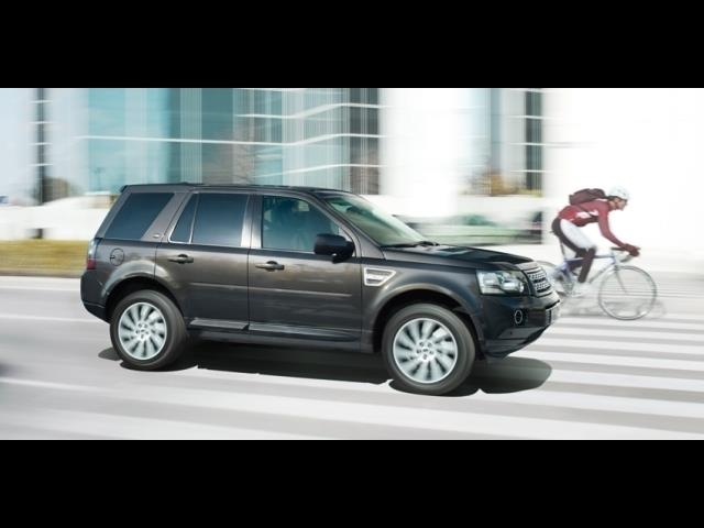 2014 Land Rover LR2 BIG HORN Crew