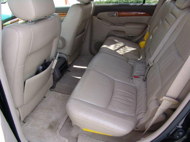 2003 Lexus GX 470 Scion XB