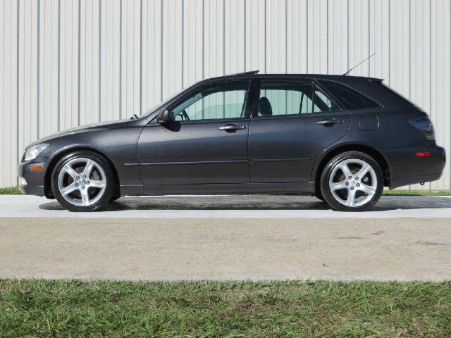 2002 Lexus IS 300 AWD W/1sasunroof