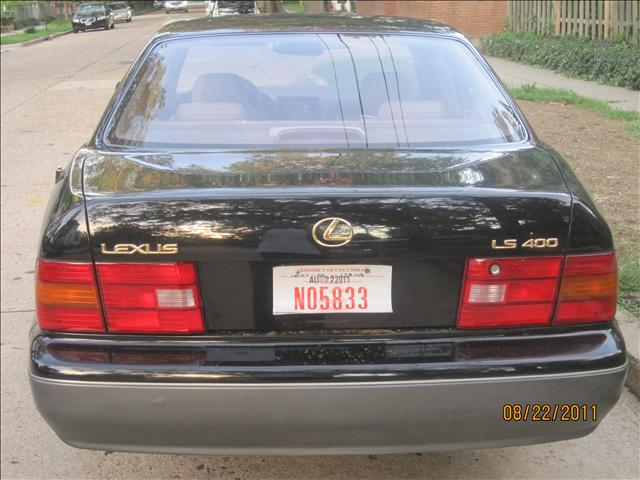 1997 Lexus LS 400 XR Hatchback 2D