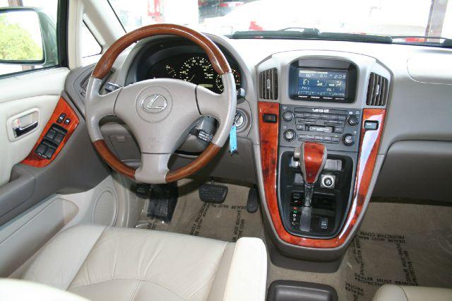 2002 Lexus RX 300 Ram 3500 Diesel 2-WD