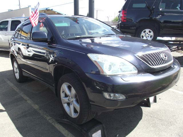 2004 Lexus RX 330 LS Flex Fuel 4x4 This Is One Of Our Best Bargains