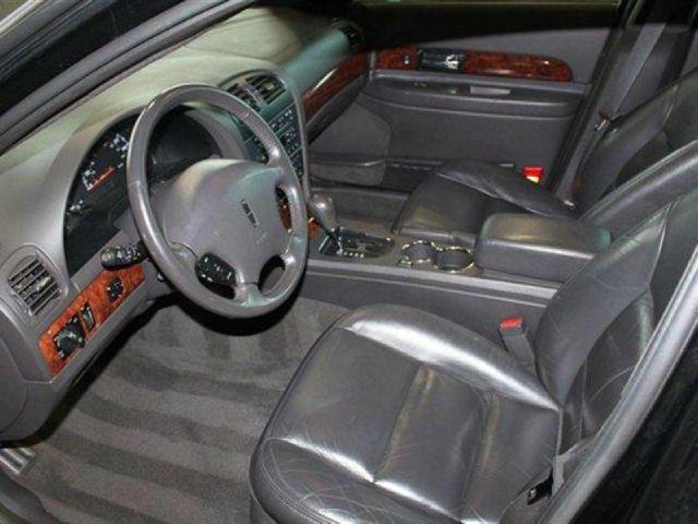 2002 Lincoln LS AT SE 2WD