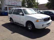 2000 Lincoln Navigator Ram 3500 Diesel 2-WD