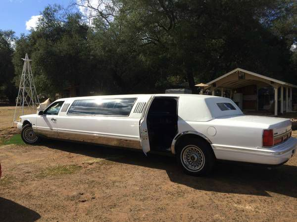 1997 Lincoln Stretch Limo 28
