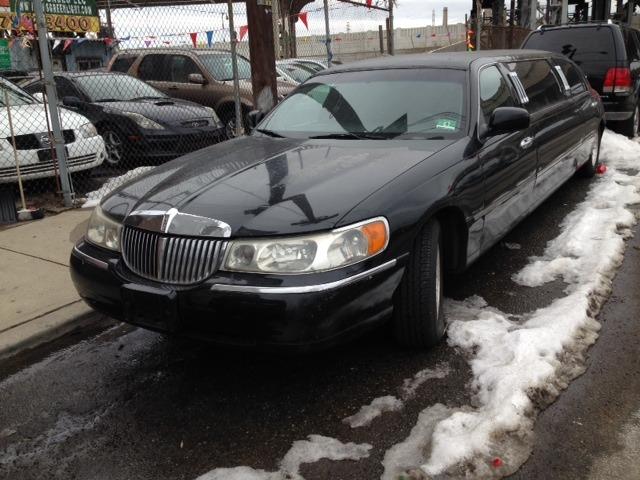 1998 Lincoln TOW CAR