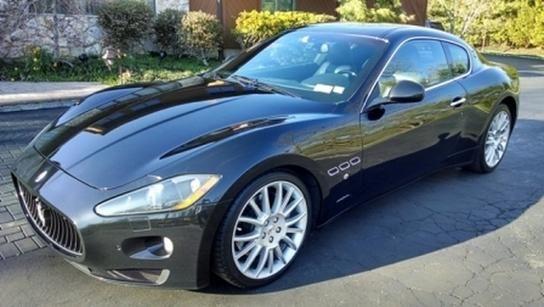 2009 Maserati GranTurismo 2.5T DVD 7 PASS