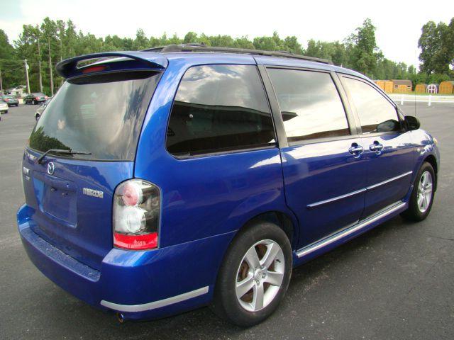 2004 Mazda MPV LW2