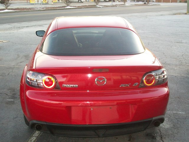 2004 Mazda RX-8 FWD 4dr