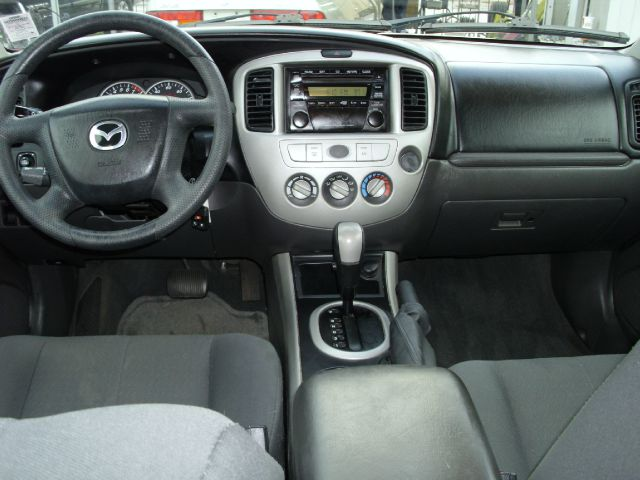 2005 Mazda Tribute Technology Package PTG 4x4 SUV