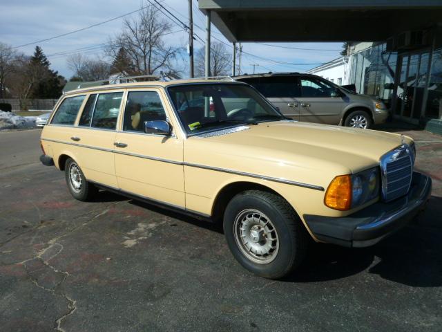 1980 Mercedes-Benz 300 SW2