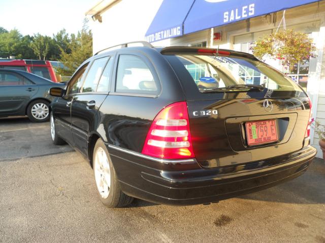 2002 Mercedes-Benz C-Class Series 4