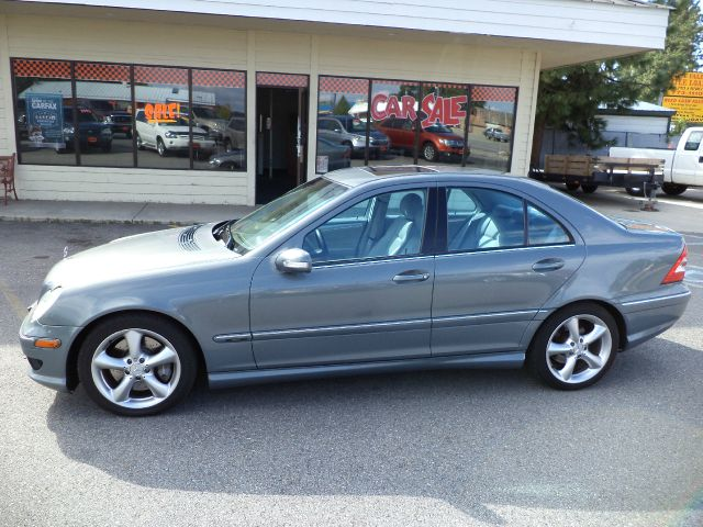 2006 mercedes benz c class c230 sport sedan details post for Mercedes benz c class 2006 for sale