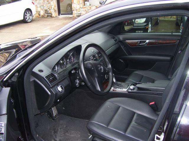 2009 Mercedes-Benz C-Class 2WD Crew Cab 143.5 LTZ