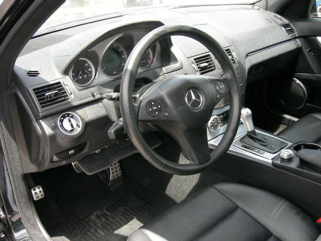 2011 Mercedes-Benz C-Class 2WD Crew Cab 143.5 LTZ