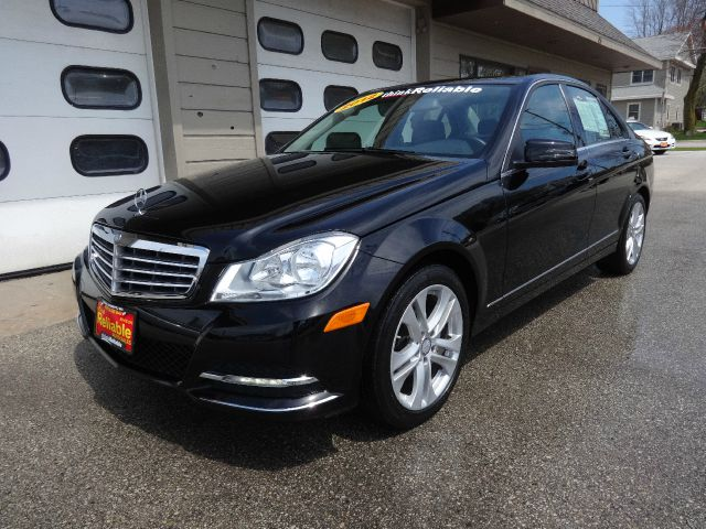 Service manual 2012 mercedes benz c class cylinder manual for Mercedes benz c300 manual