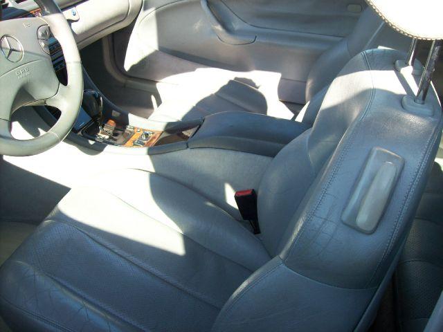 2003 Mercedes-Benz CLK-Class 7-passenger