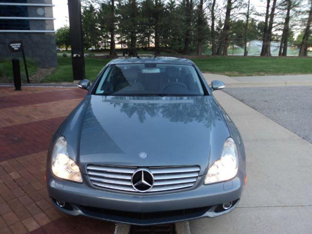 2006 Mercedes-Benz CLS-Class XLT Super Duty Cab4wd