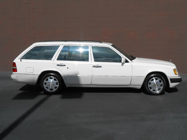 1995 mercedes benz e class sxt details fort mill sc 29715 for Mercedes benz e class 1995