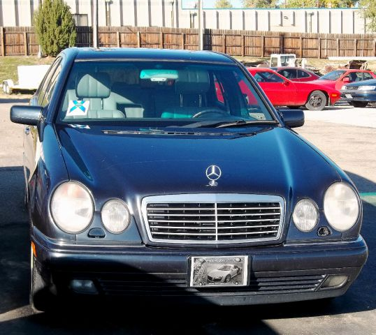 1997 mercedes benz e class rear dvd and more details for Mercedes benz boulder