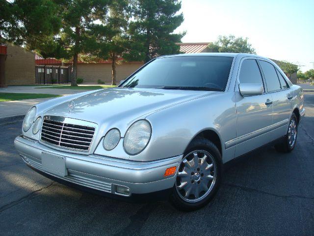 1999 Mercedes-Benz E-Class SXT