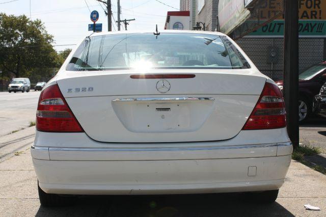 2003 Mercedes-Benz E-Class SXT