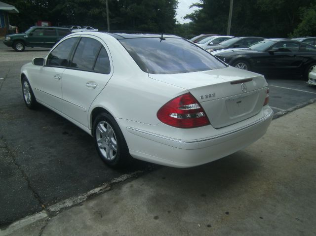 2004 Mercedes-Benz E-Class LS Flex Fuel 4x4 This Is One Of Our Best Bargains