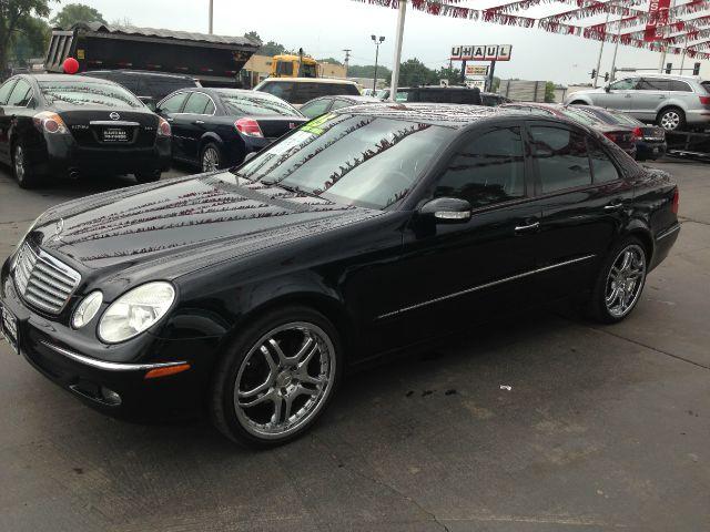 2005 mercedes benz e class sxt details markham il 60428 for Mercedes benz 2005 e350 price