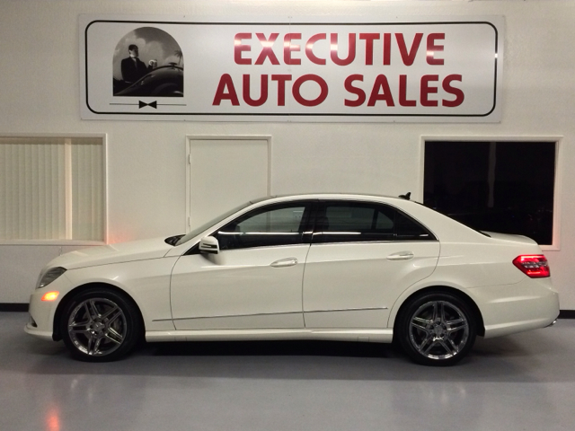 2011 mercedes benz e class sport edition 4x4 details for Mercedes benz fresno used cars