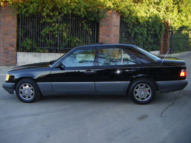 Used mercedes benz e class e300 diesel 1995 details buy for Mercedes benz e class 1995
