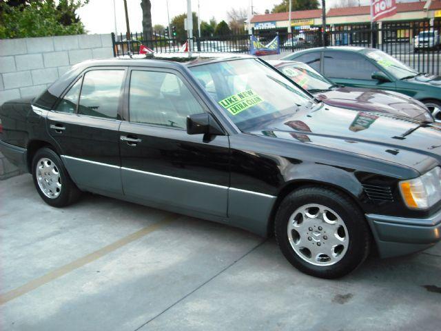 Mercedes benz e class e300 diesel 1995 wdbeb31e1sc149030 for Mercedes benz e class 1995