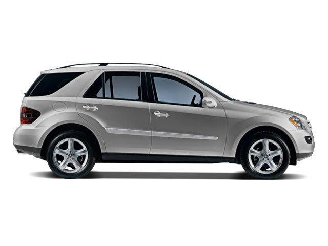 Eastchester chrysler jeep dodge photos reviews 4007 for Mercedes benz dealer in bronx ny