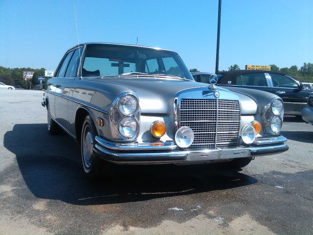 1972 Mercedes Benz 280 5XT