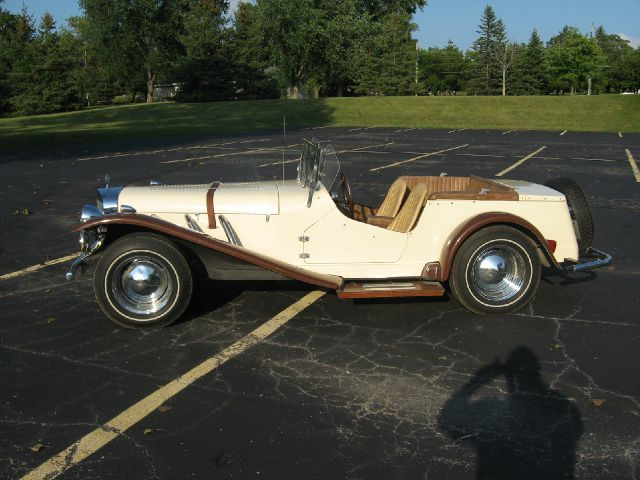 1929 Mercedes Benz SS Replica Kit Car Laramie Crew Cab SWB