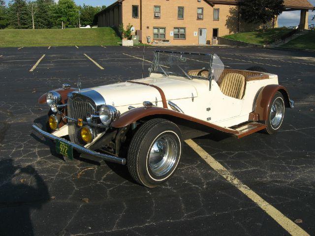 1929 Mercedes Benz SS Replica Kit Car Laramie Crew Cab SWB