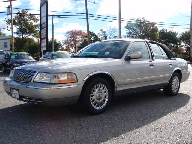 used mercury grand marquis park lane edition 2003 details buy used mercury grand marquis park. Black Bedroom Furniture Sets. Home Design Ideas