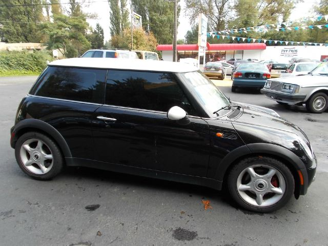 2002 mini cooper base details seattle wa 98125. Black Bedroom Furniture Sets. Home Design Ideas